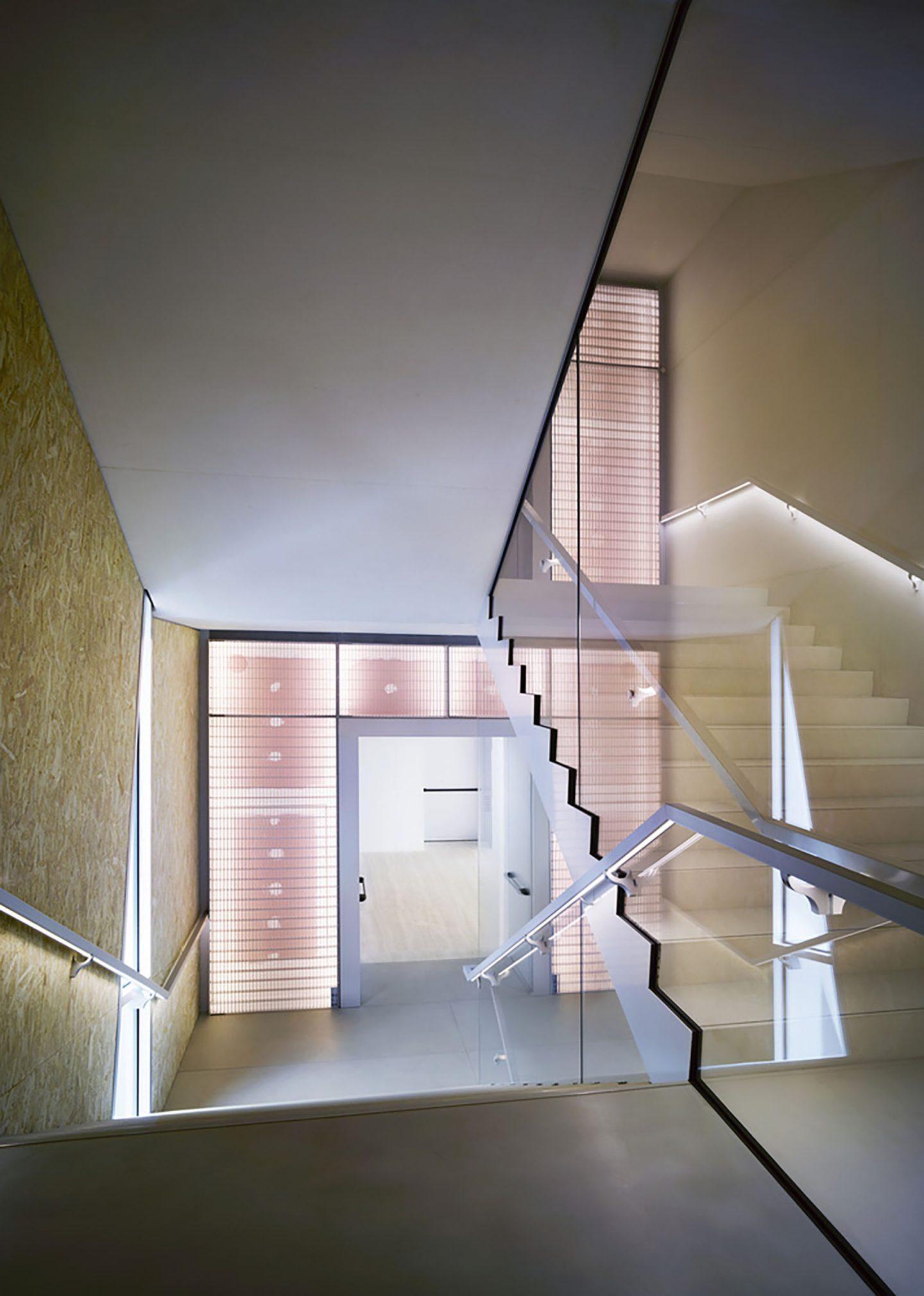 iGNANT-Design-OMA-Fondazione-Prada-Torre-019