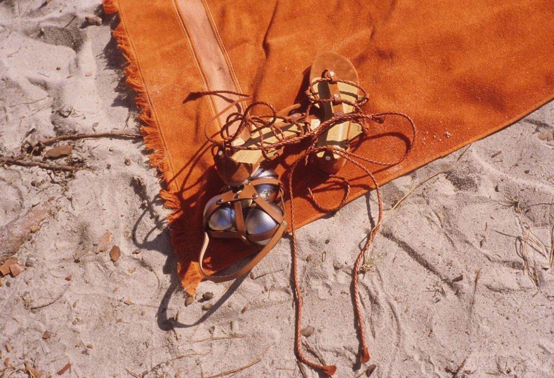iGNANT-Photography-Mark-Borthwick-Fashion-Landscape-27