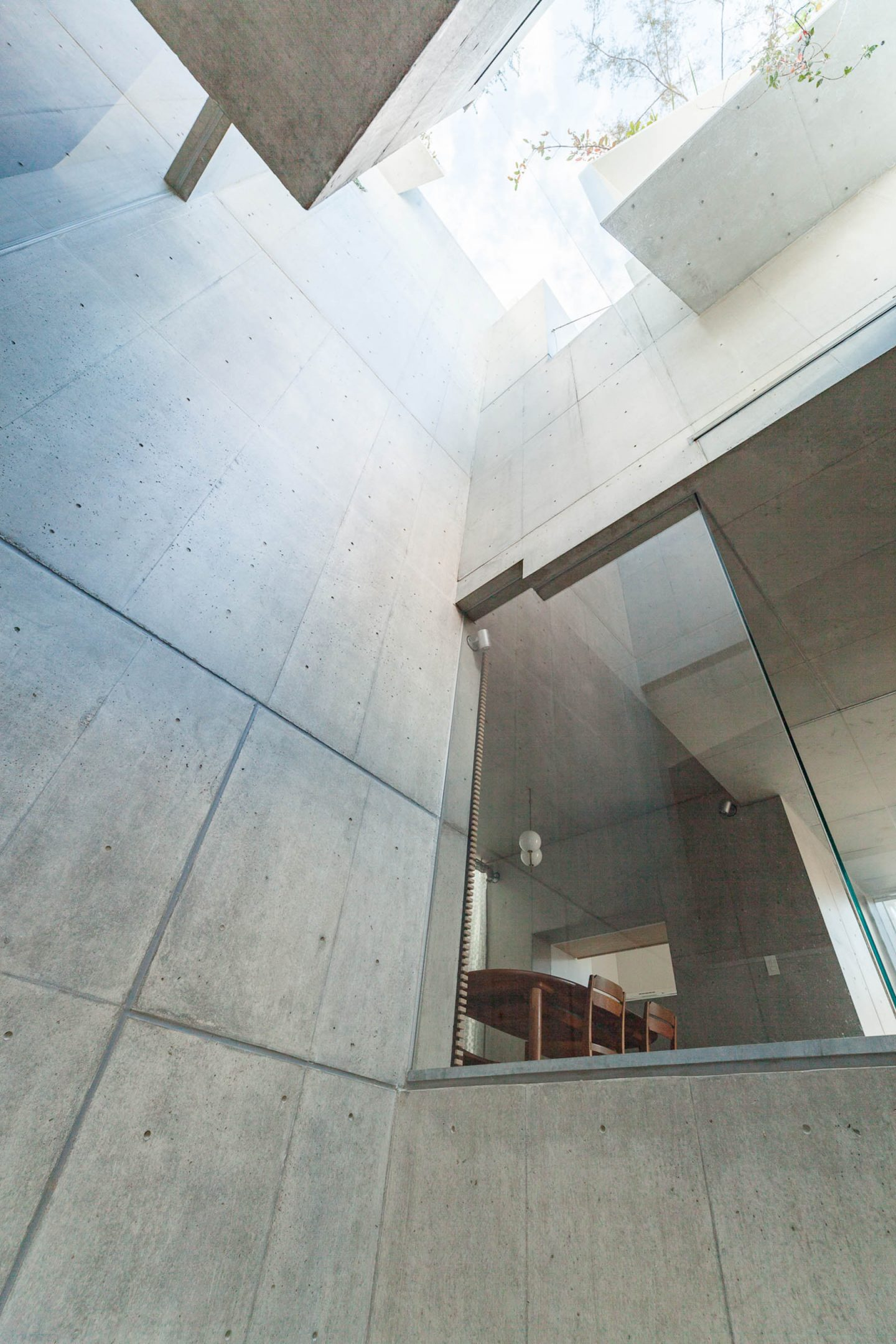iGNANT-Architecture-Akihisa-Hirata-Tree-Ness-House-14