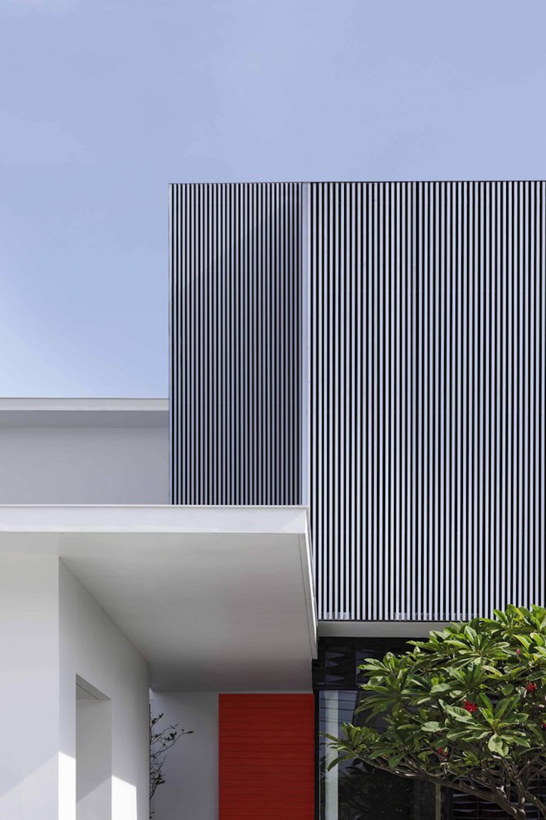 iGNANT-Architecture-Ayutt-And-Associates-Design-White-Box-House-11