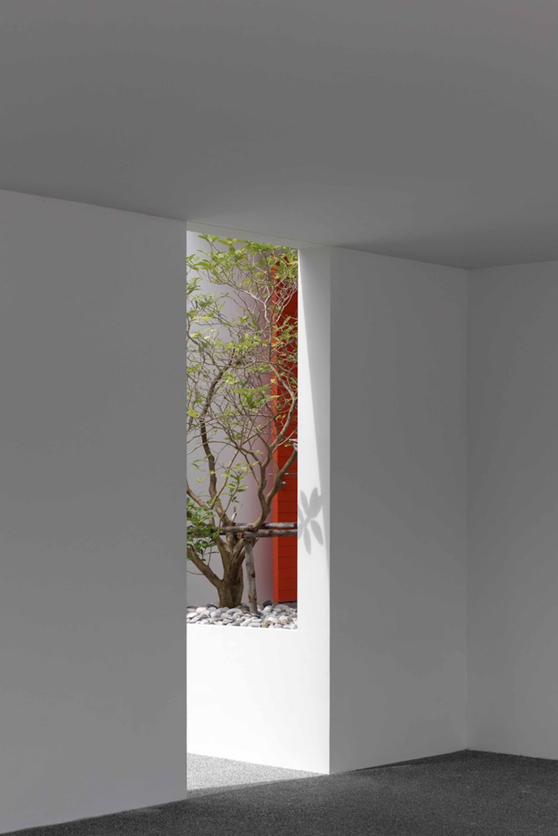 iGNANT-Architecture-Ayutt-And-Associates-Design-White-Box-House-14
