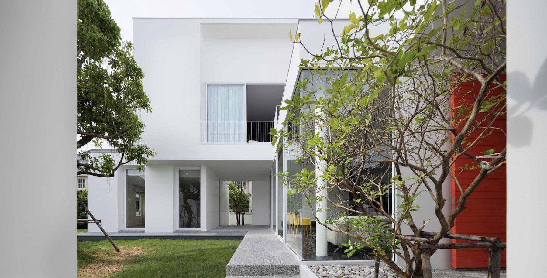 iGNANT-Architecture-Ayutt-And-Associates-Design-White-Box-House-24
