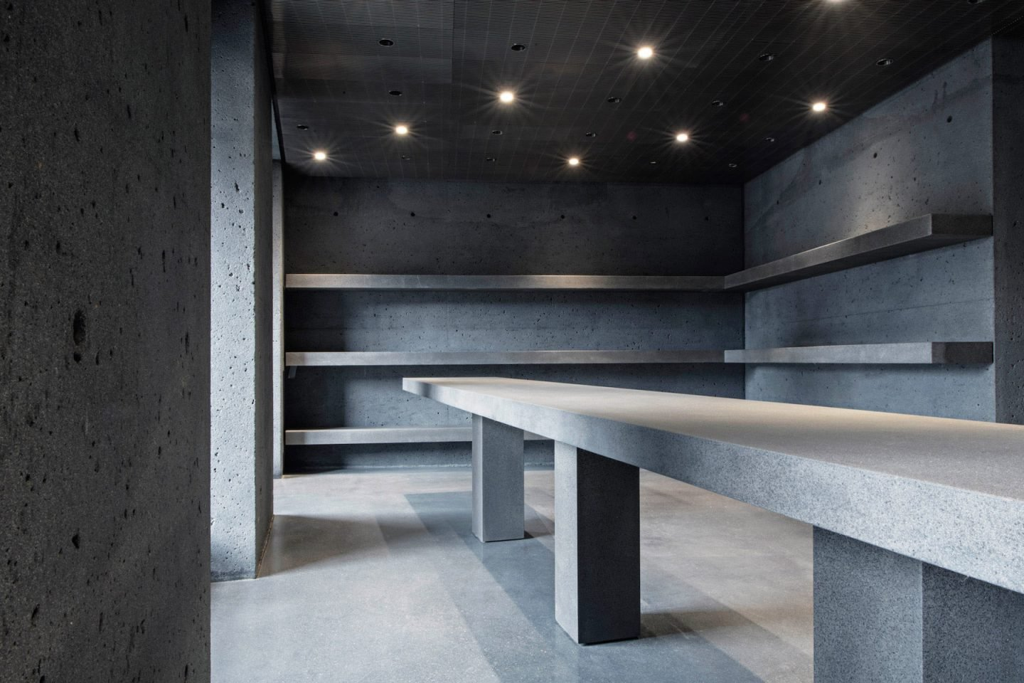 iGNANT-Architecture-David-Chipperfield-Ssense-07