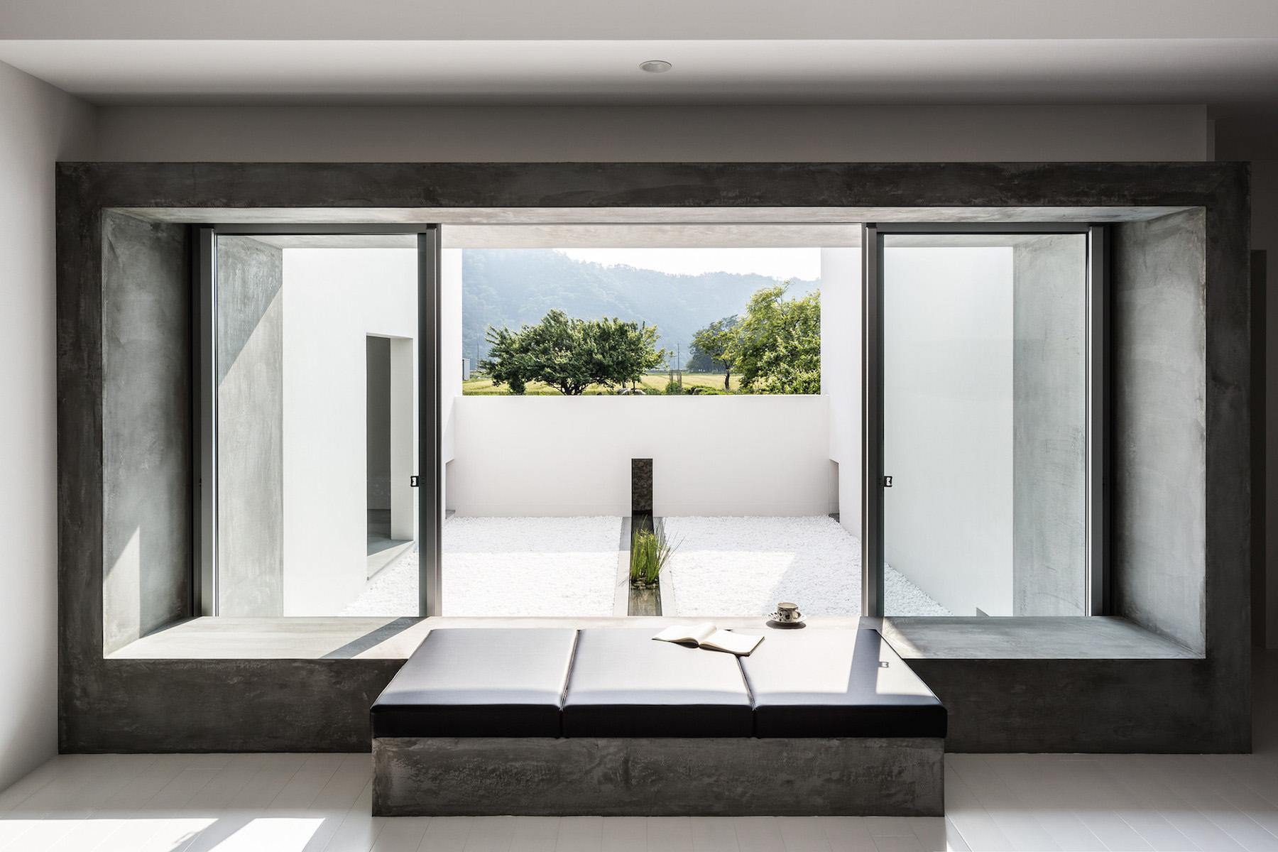 iGNANT-Architecture-Kouichi-Kimura-Courtyard-House-09