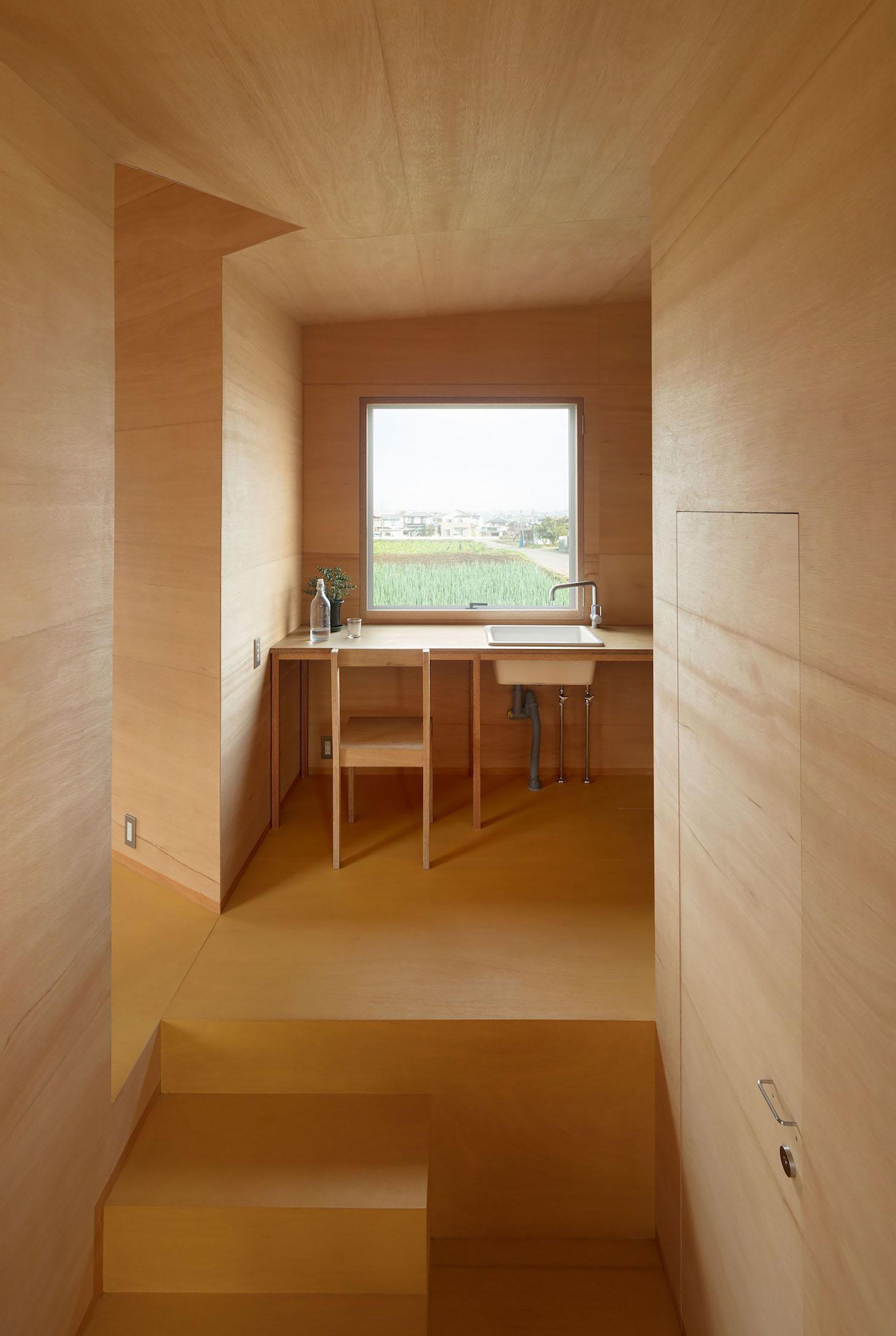 iGNANT-Architecture-Miya-Akiko-Roofs-And-Window-013