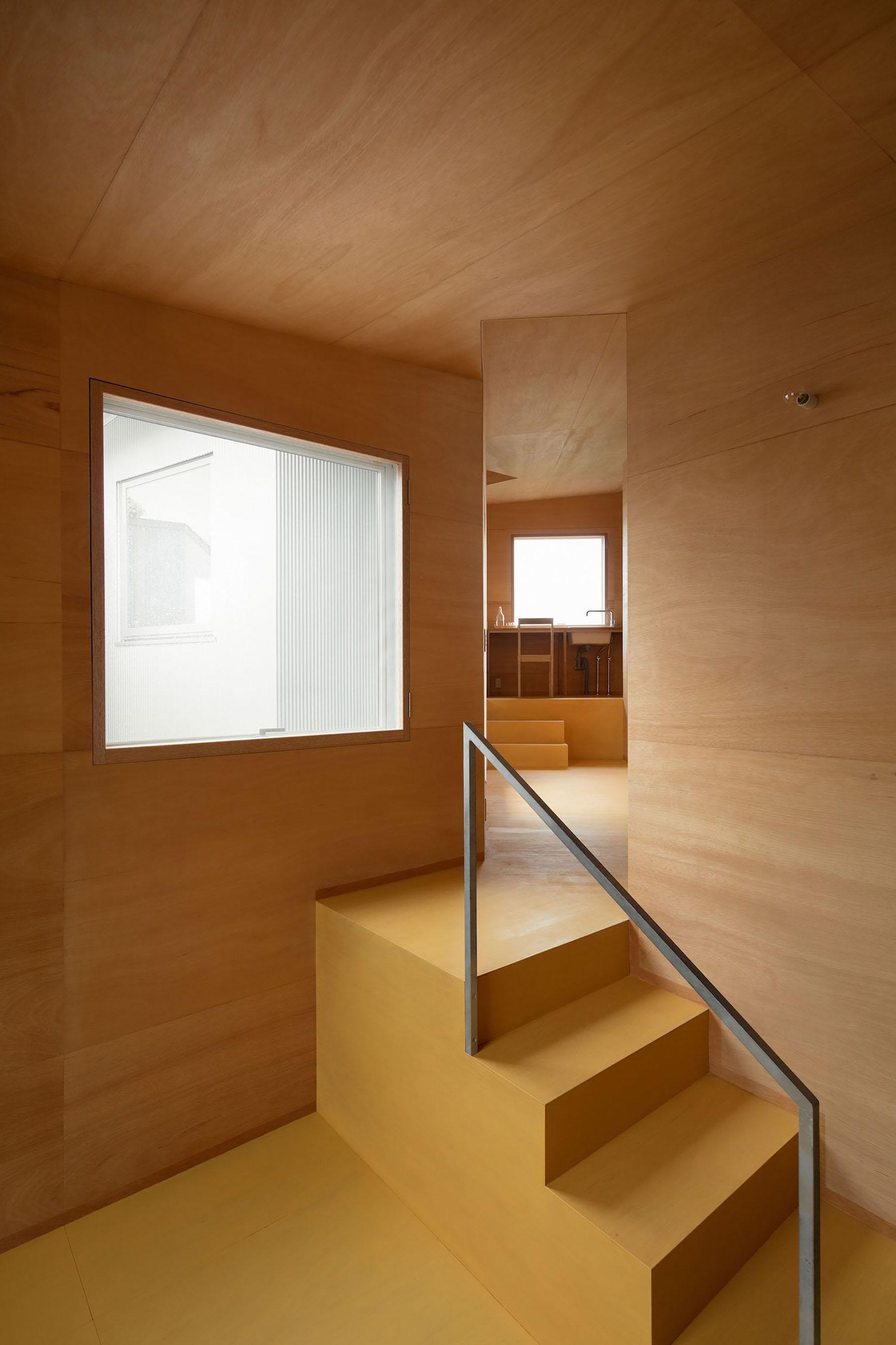 iGNANT-Architecture-Miya-Akiko-Roofs-And-Window-015