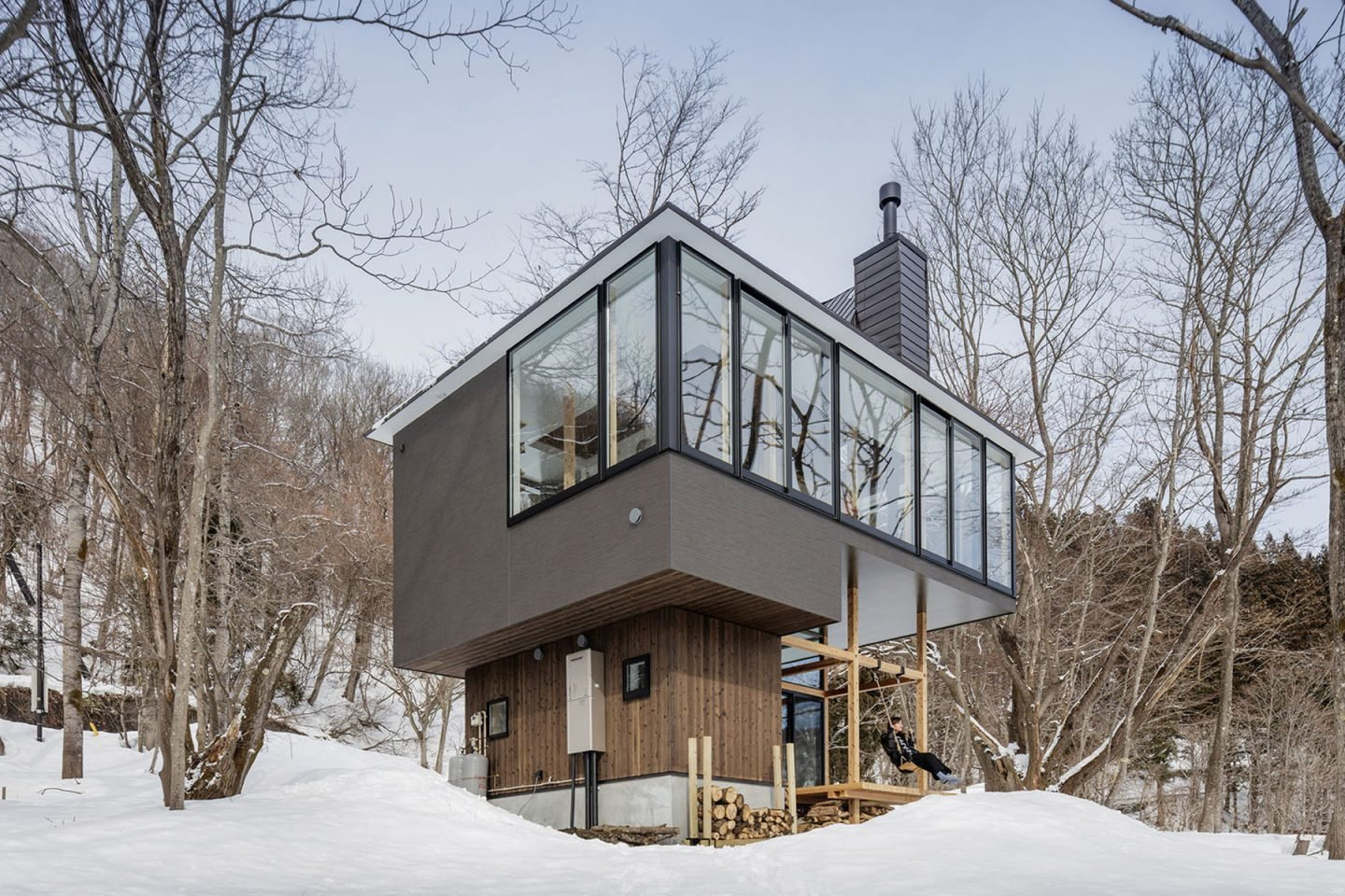 Nojiri Lake House by SUGAWARADAISUKE