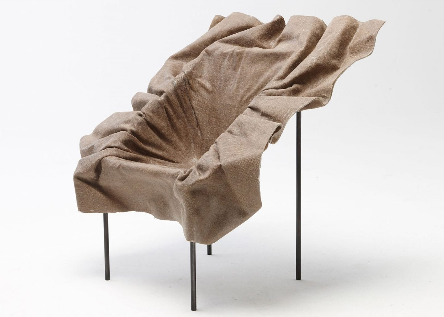 iGNANT-Design-Demeter-Fogarasi-Poetic-Furniture-Frozen-Textiles-03