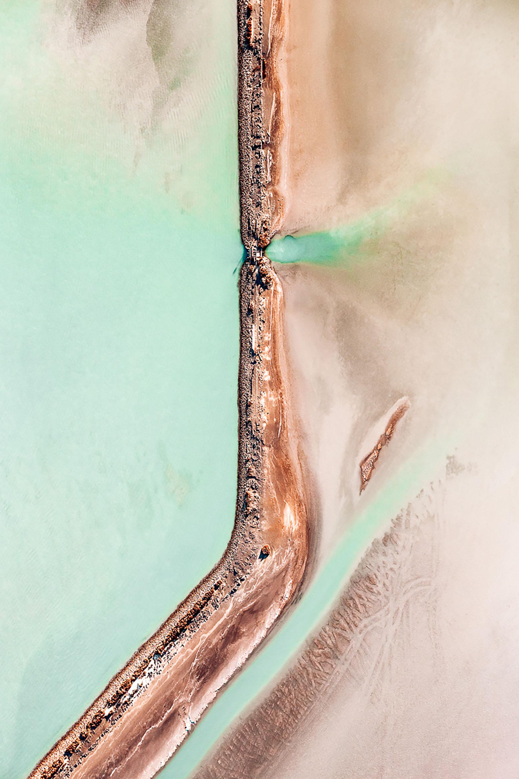 iGNANT-Photography-Tom-Hegen-The-Salt-Series-004