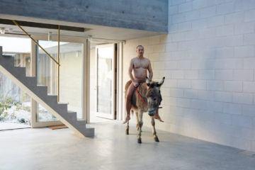 iGNANT-Architecture-6a-Architects-Juergen-Teller-Studio-001