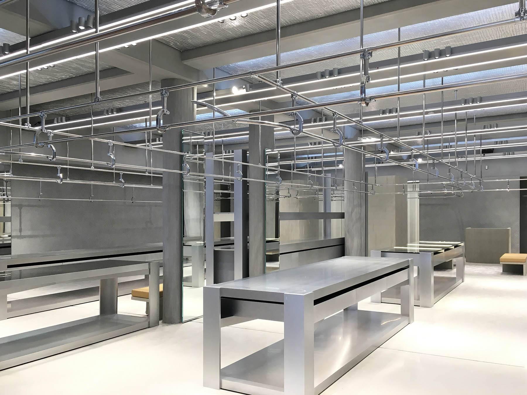 iGNANT-Architecture-Gonzalez-Haase-Balenciaga-Store-007