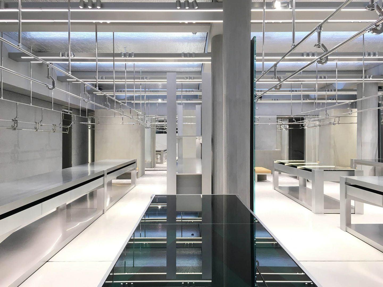 iGNANT-Architecture-Gonzalez-Haase-Balenciaga-Store-009