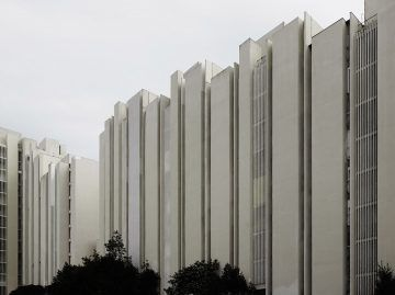 iGNANT-Architecture-MoMA-Toward-A-Concrete-Utopia-0010