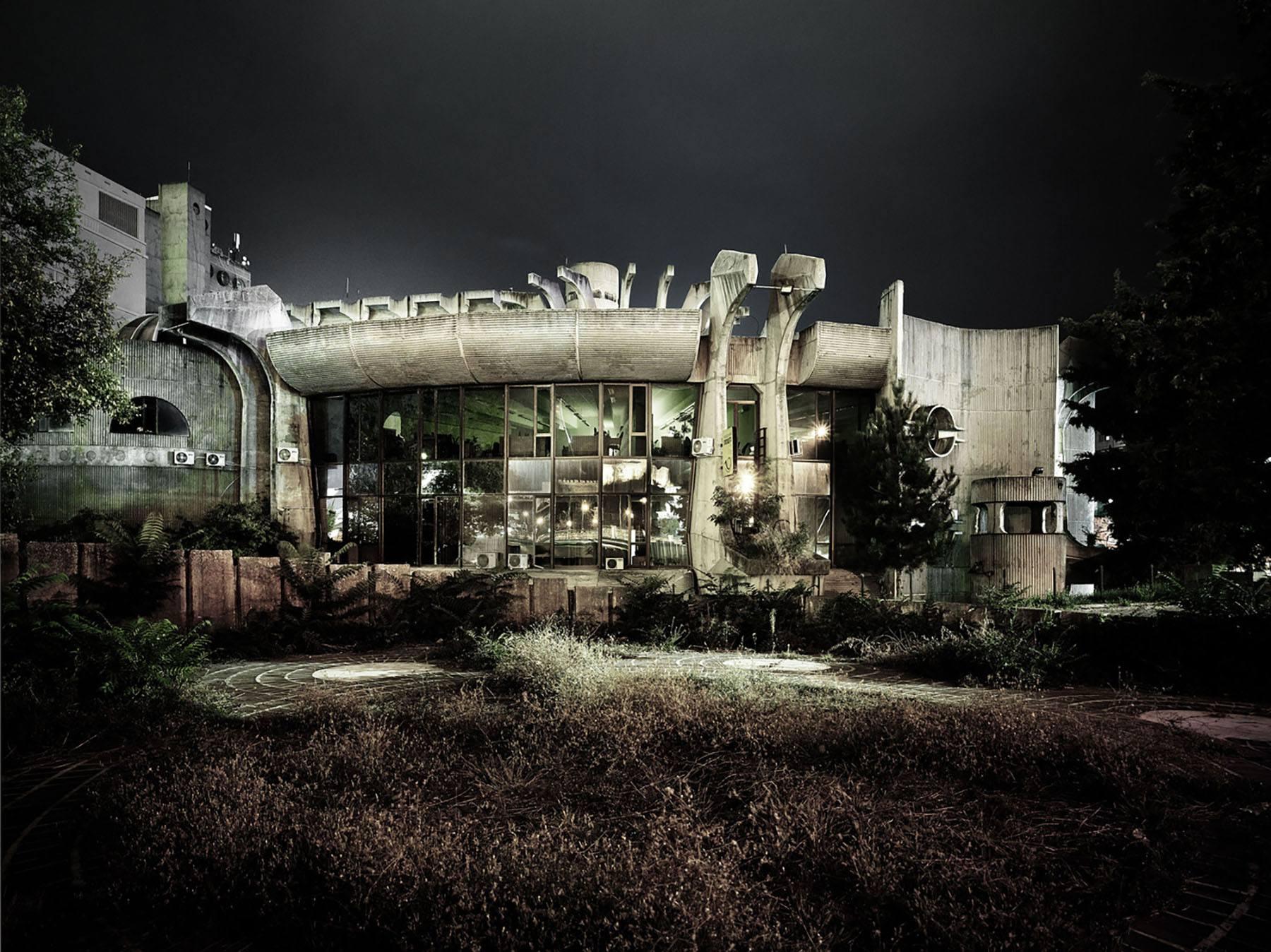 iGNANT-Architecture-MoMA-Toward-A-Concrete-Utopia-007