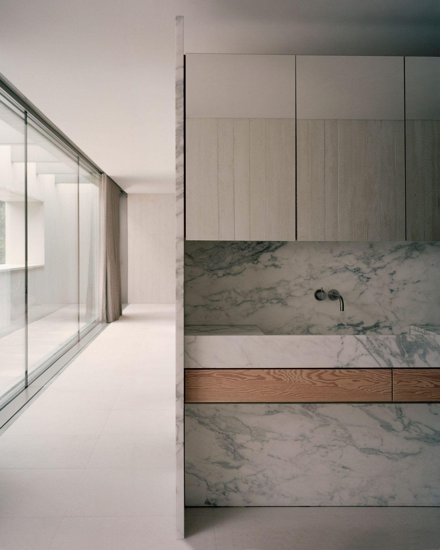 IGNANT-Architecture-Russell-Jones-Villa-Waalre-13