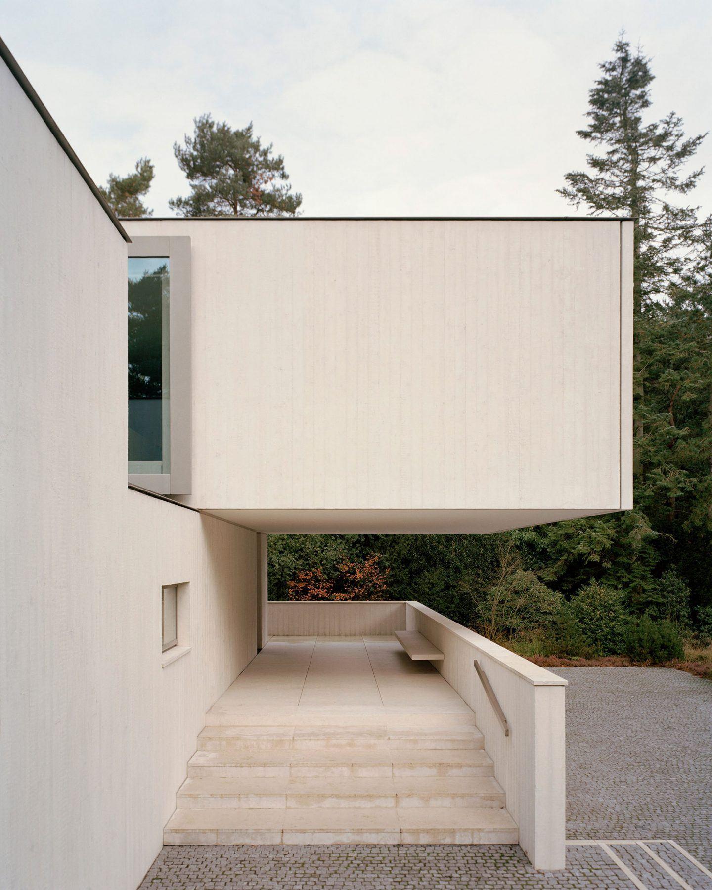 IGNANT-Architecture-Russell-Jones-Villa-Waalre-2
