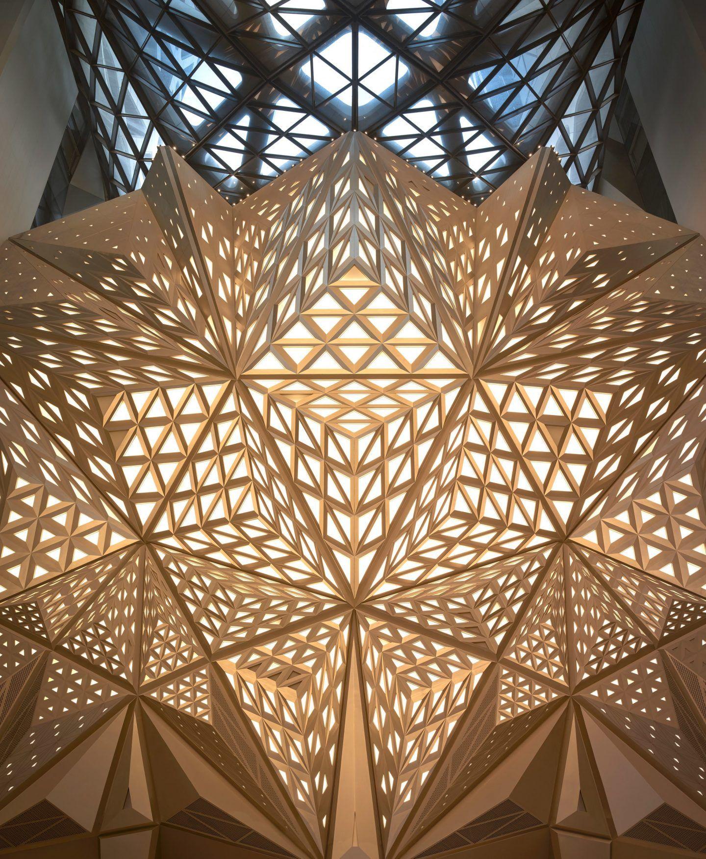 iGNANT-Architecture-Zaha-Hadid-Architects-Morpheus-Hotel-011