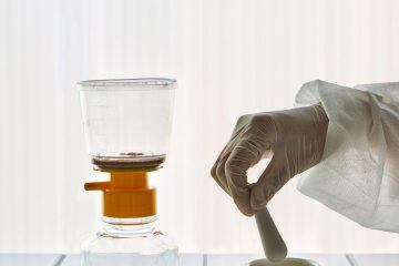 iGNANT-Design-Sinae-Kim-Urine-Ware-002
