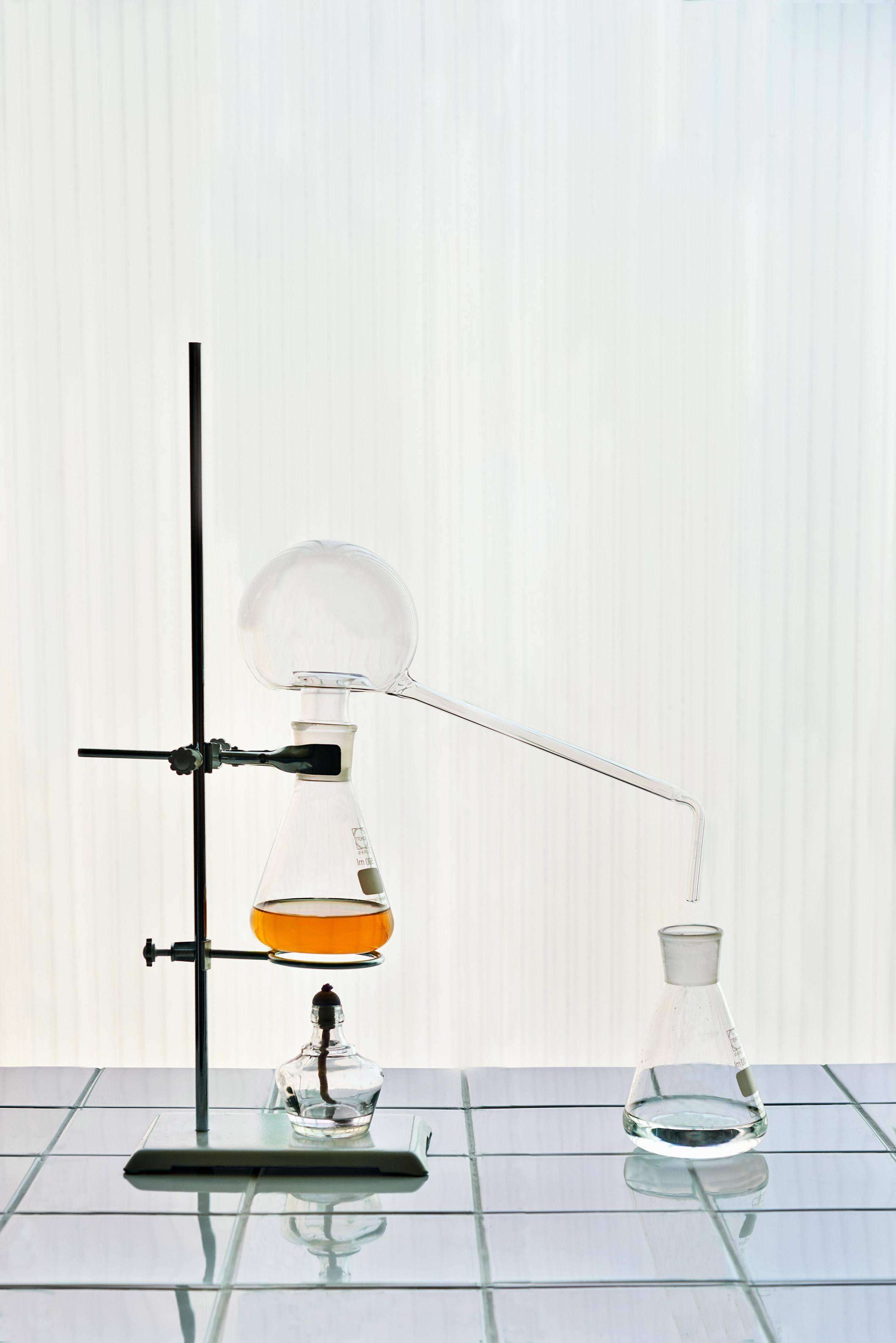 iGNANT-Design-Sinae-Kim-Urine-Ware-003