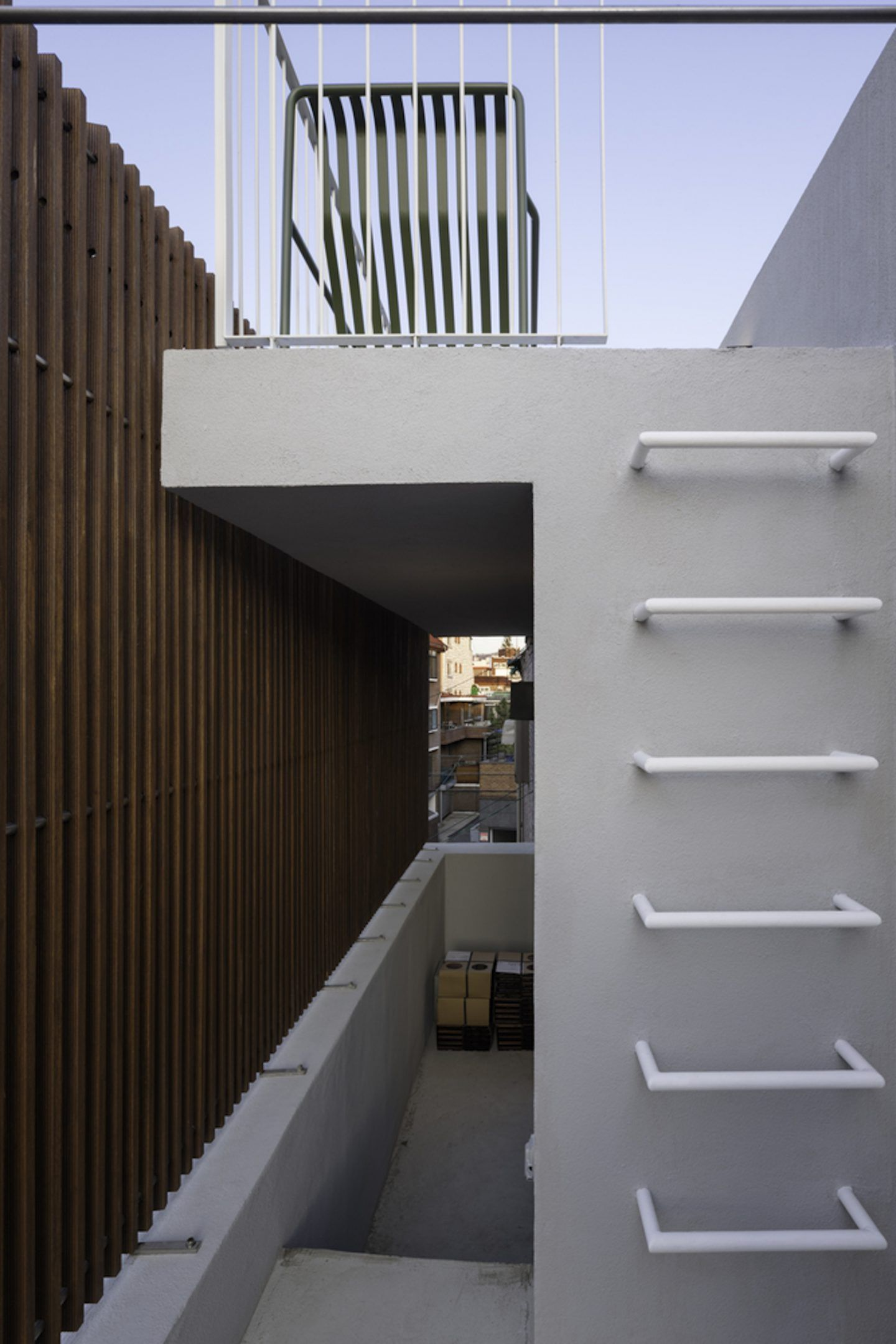 iGNANT-Architecture-A-Round-Architects-Seongsan-Dong-Mix-Use-House-003