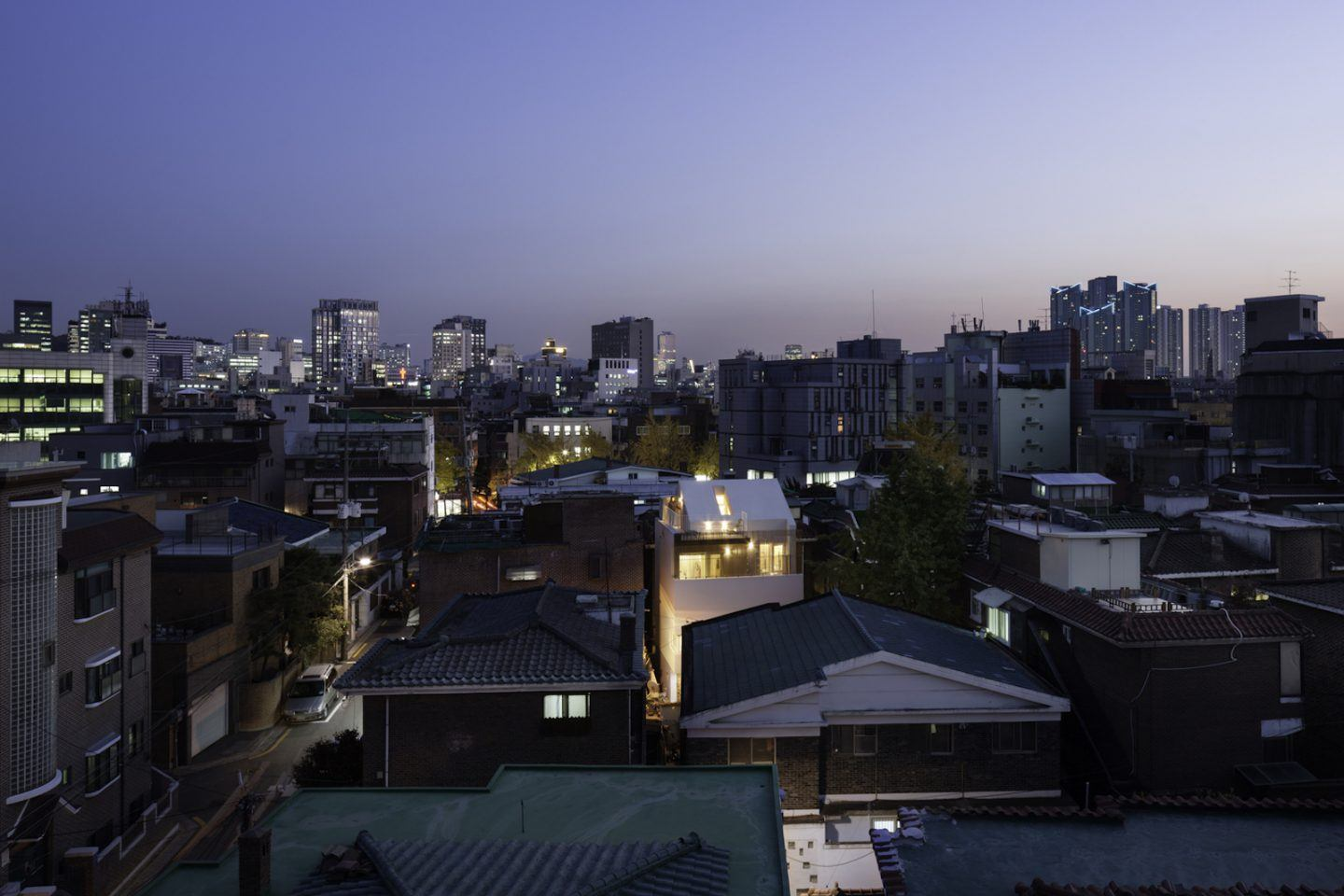 iGNANT-Architecture-A-Round-Architects-Seongsan-Dong-Mix-Use-House-009