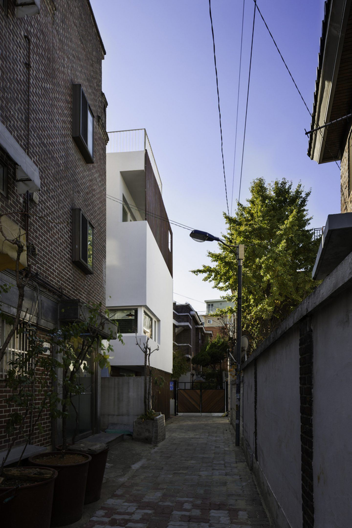 iGNANT-Architecture-A-Round-Architects-Seongsan-Dong-Mix-Use-House-010a