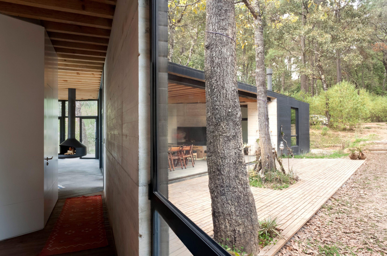 IGNANT-Architecture-Cadaval-Sola-Morales-Casa-De-La-Roca-13