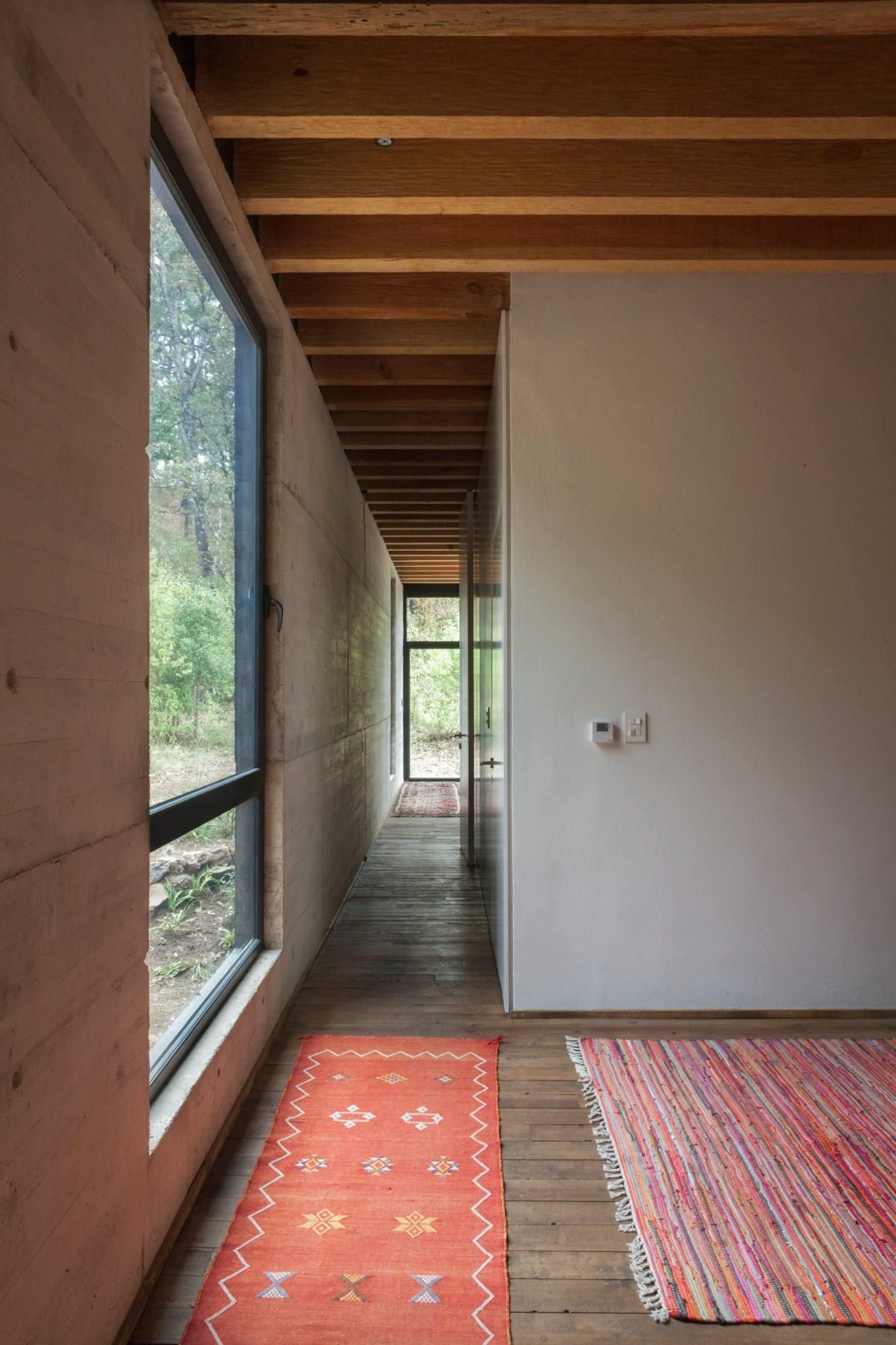 IGNANT-Architecture-Cadaval-Sola-Morales-Casa-De-La-Roca-14