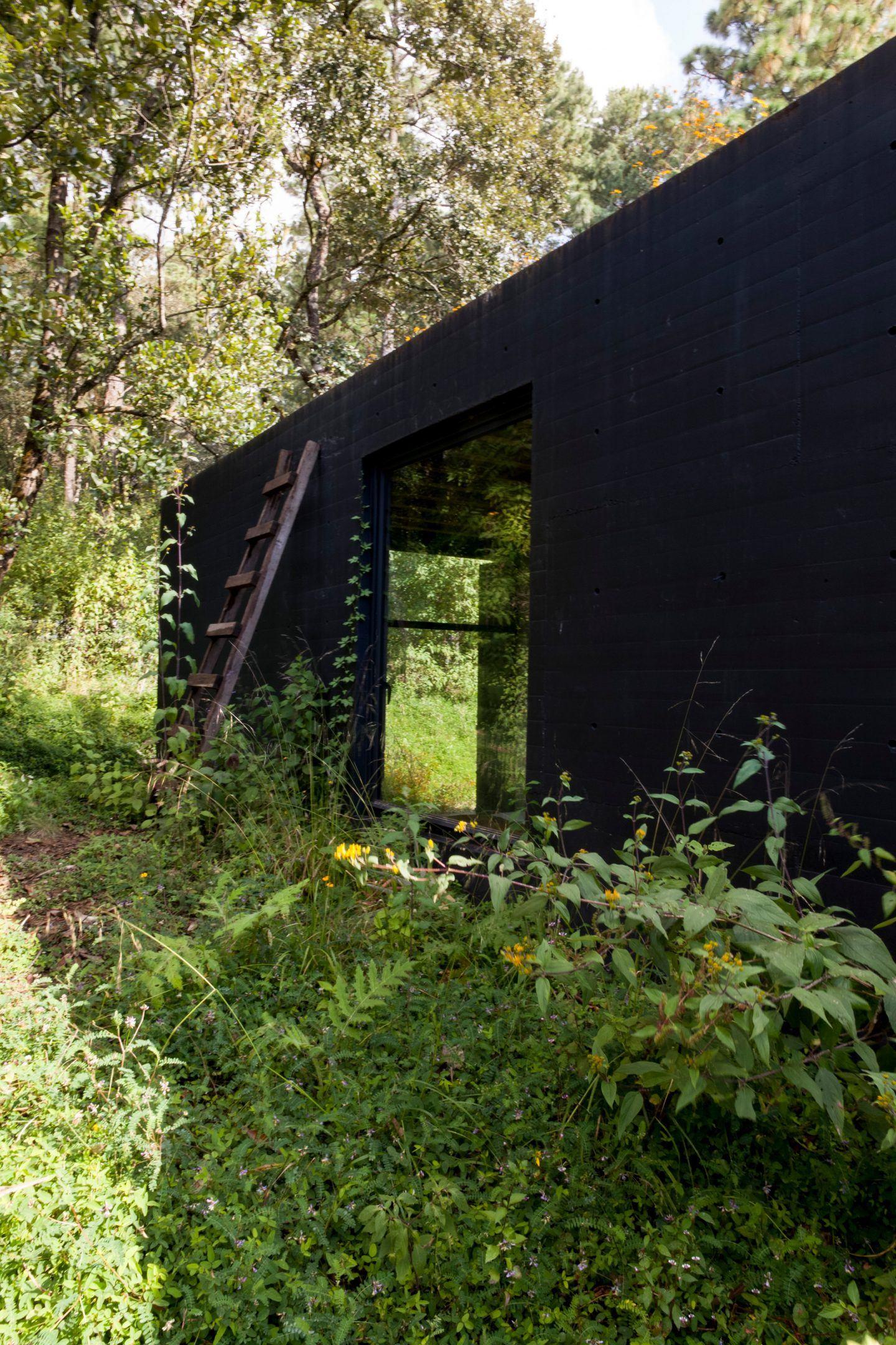 IGNANT-Architecture-Cadaval-Sola-Morales-Casa-De-La-Roca-17