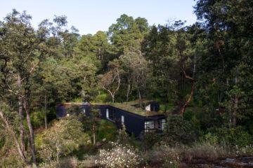 IGNANT-Architecture-Cadaval-Sola-Morales-Casa-De-La-Roca-2