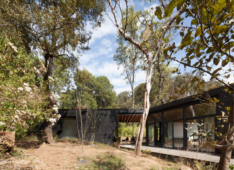 IGNANT-Architecture-Cadaval-Sola-Morales-Casa-De-La-Roca-8