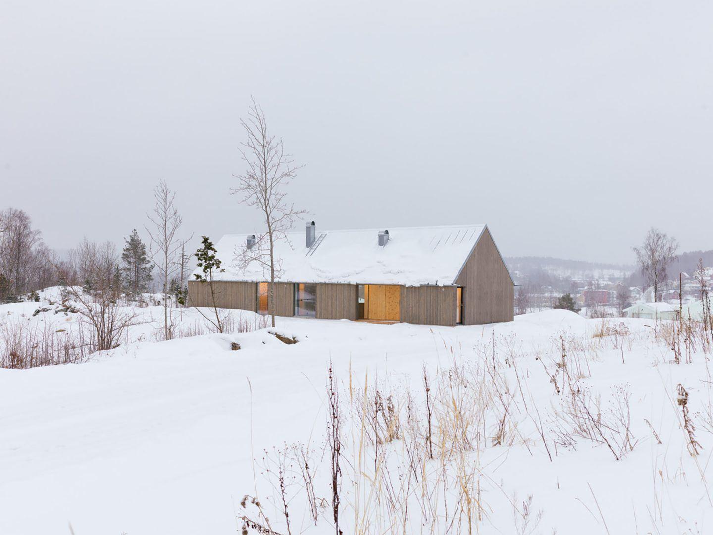 IGNANT-Architecture-Jim-Brunnestom-Dalsland-Cabin-2.0-10