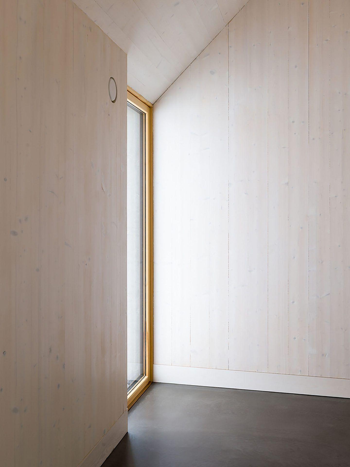 IGNANT-Architecture-Jim-Brunnestom-Dalsland-Cabin-2.0-14