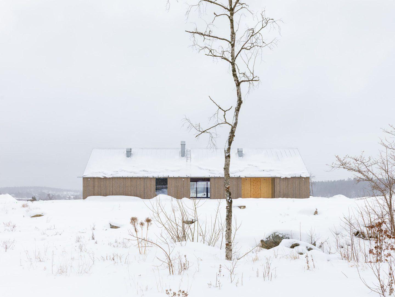 IGNANT-Architecture-Jim-Brunnestom-Dalsland-Cabin-2.0-9