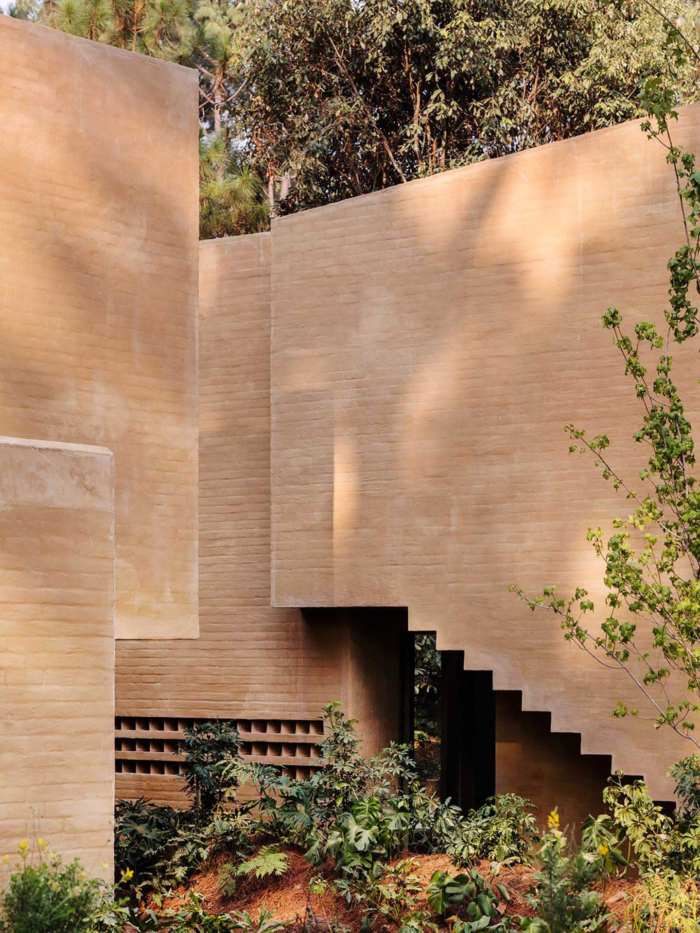 IGNANT-Architecture-Taller-Hector-Barroso-Entre-Pinos-17