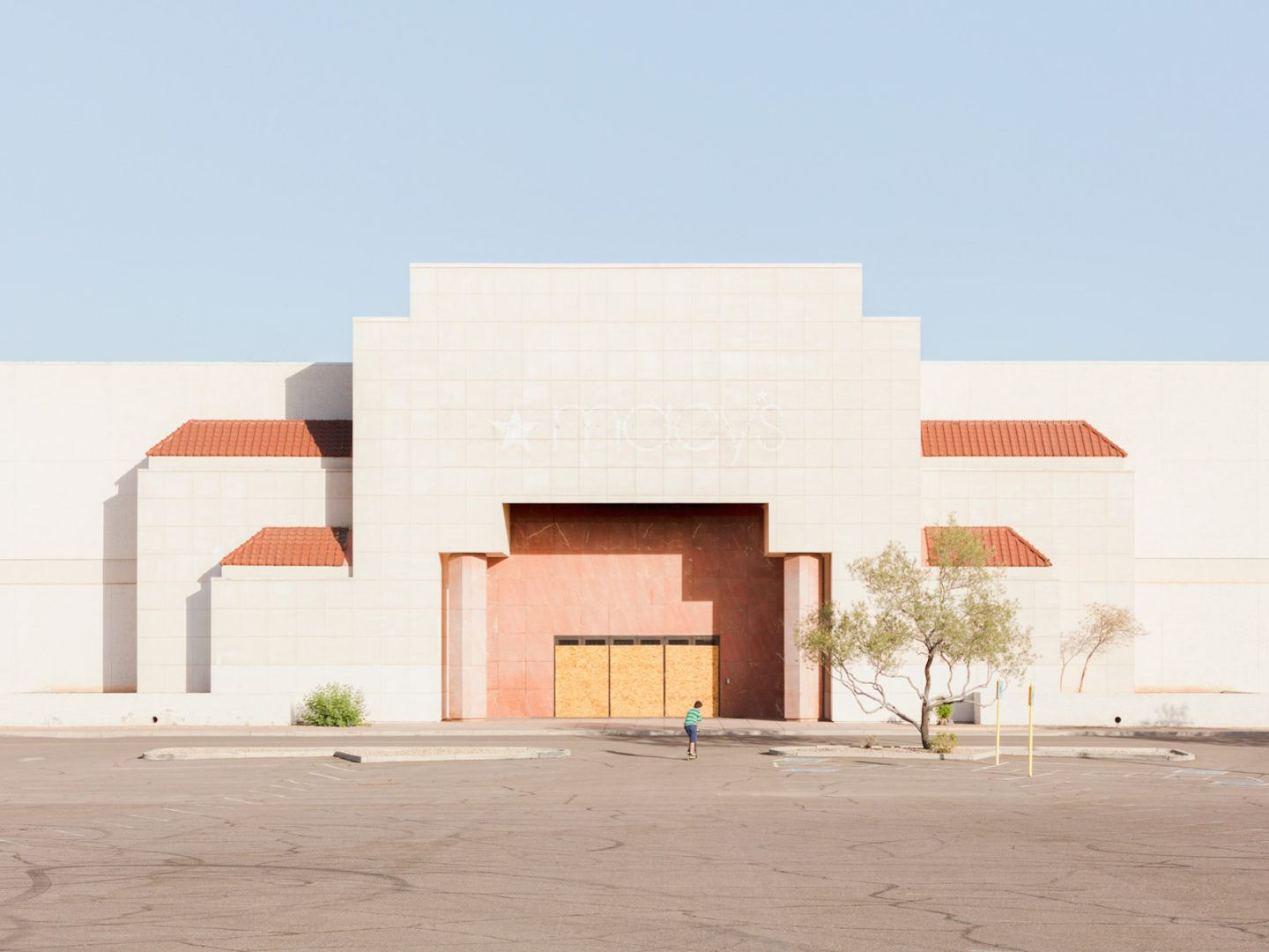 iGNANT-Photography-Jesse-Rieser-The-Retail-Apocalypse-001