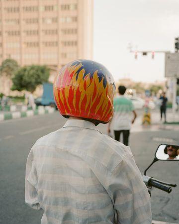 IGNANT-Photography-Matthieu-Litt-Through-The-Walls-7