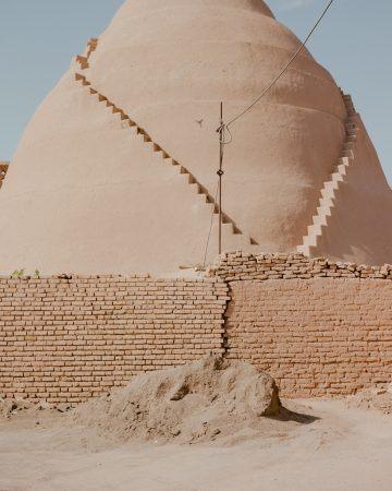 IGNANT-Photography-Matthieu-Litt-Through-The-Walls-9