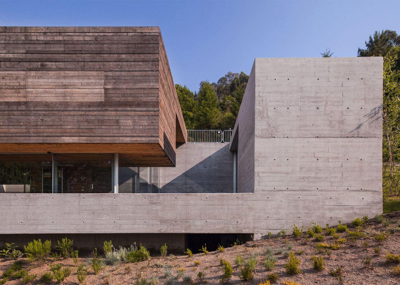 iGNANT-Architecture-Carvalho-Araujo-Geres-House-002