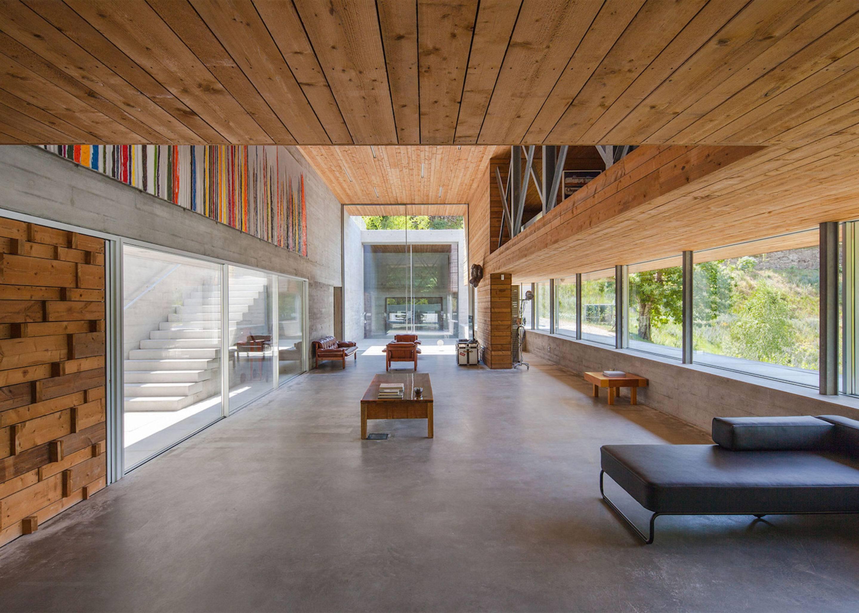 iGNANT-Architecture-Carvalho-Araujo-Geres-House-005