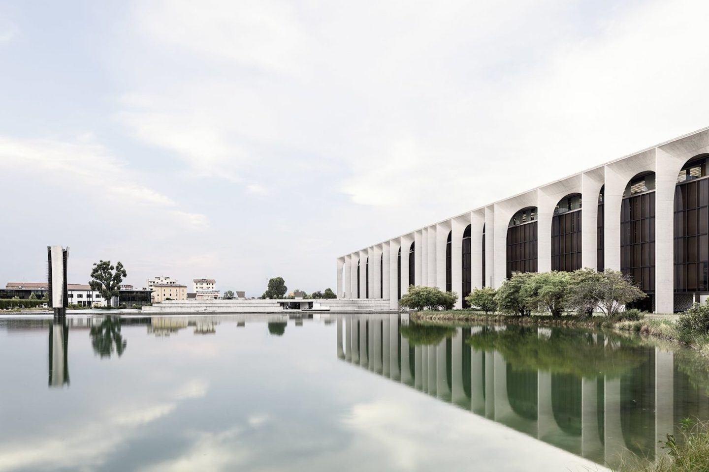 iGNANT-Architecture-Oscar-Niemeyer-Mondadori-HQ-006