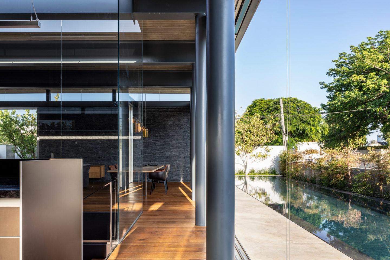 iGNANT-Architecture-Pitsou-Kedem-Pavilion-House-004