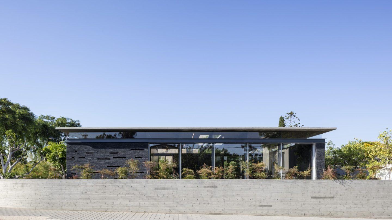 iGNANT-Architecture-Pitsou-Kedem-Pavilion-House-009