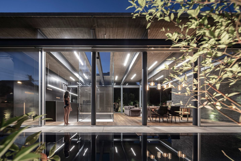 iGNANT-Architecture-Pitsou-Kedem-Pavilion-House-013