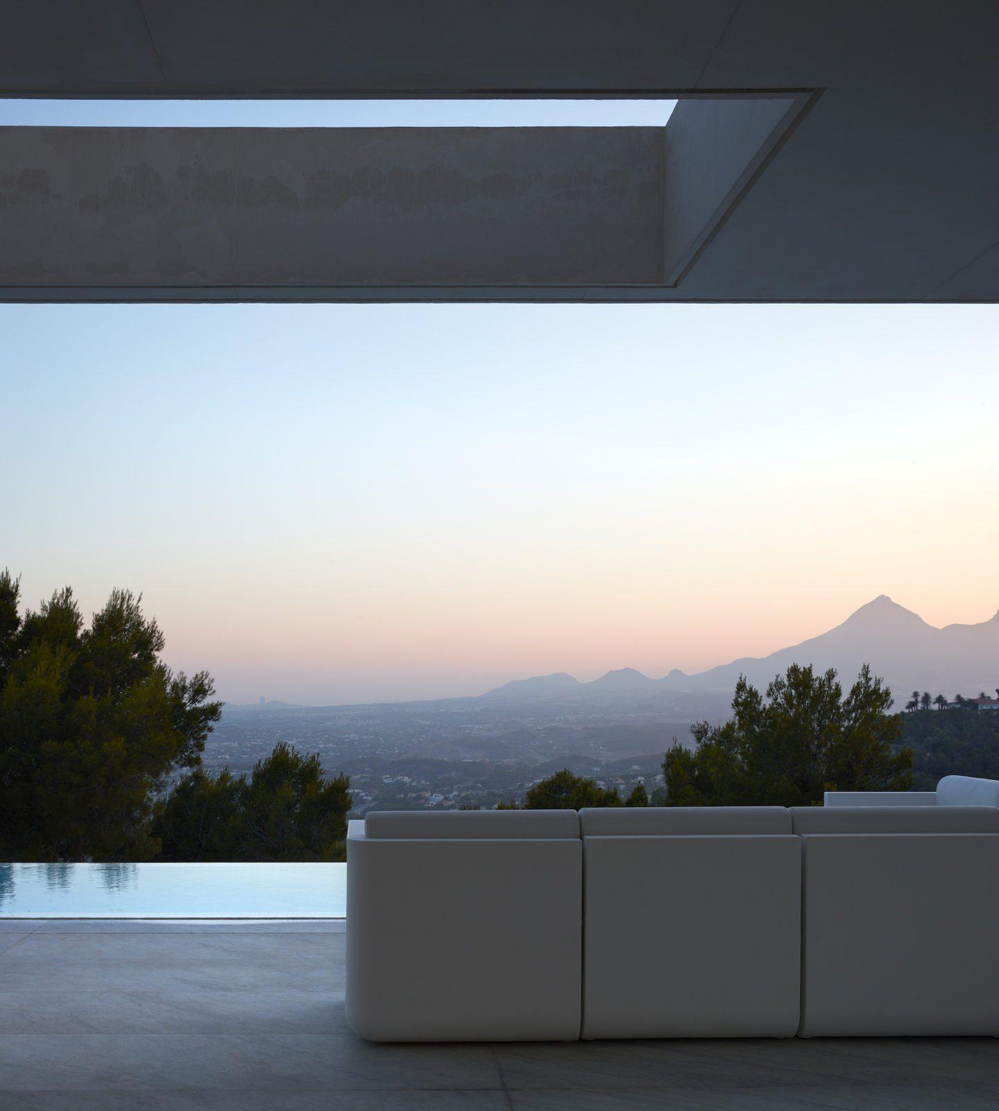 iGNANT-Architecture-Ramón-Esteve-Oslo-House-002