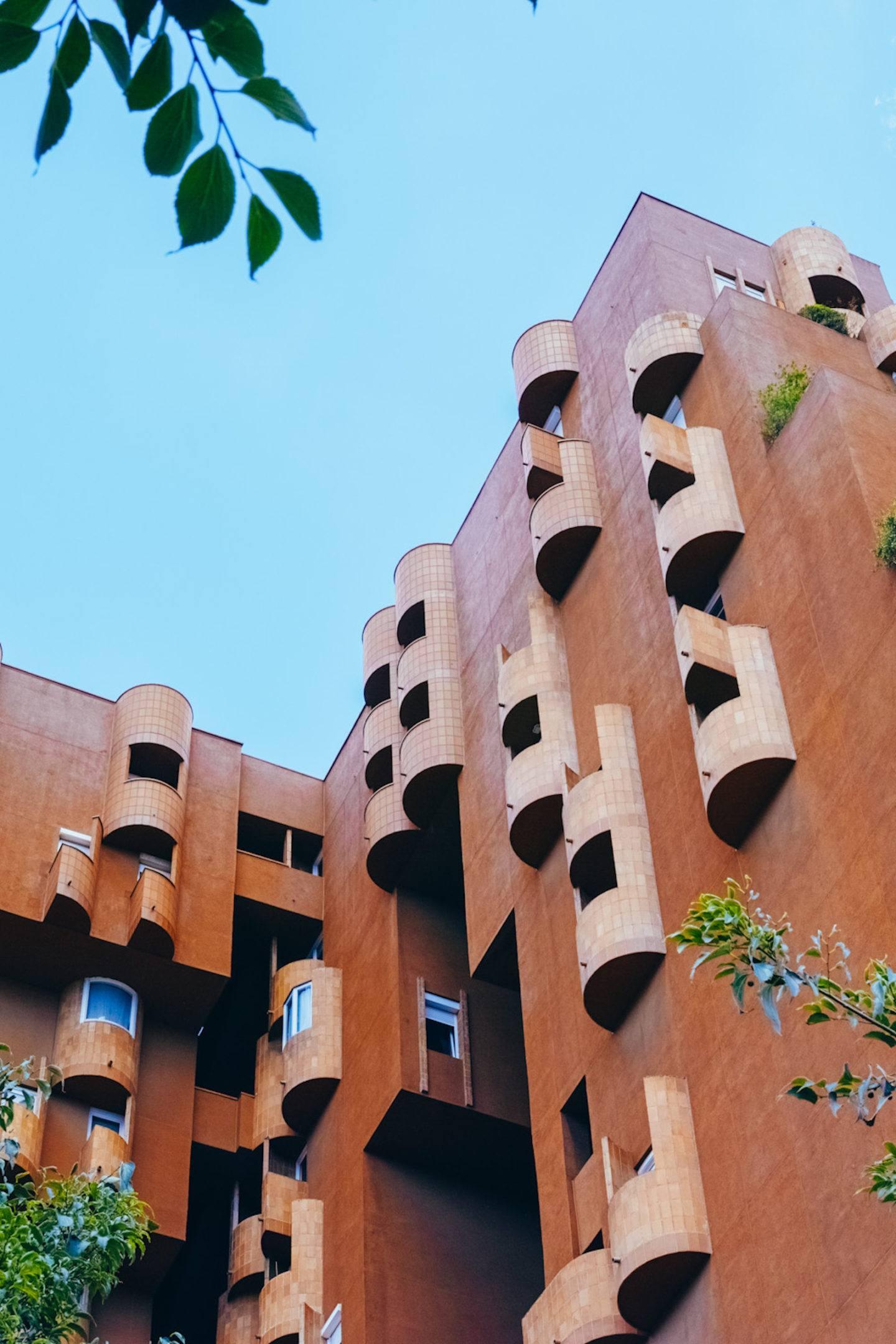 iGNANT-Architecture-Ricardo-Bofill-Walden7-002