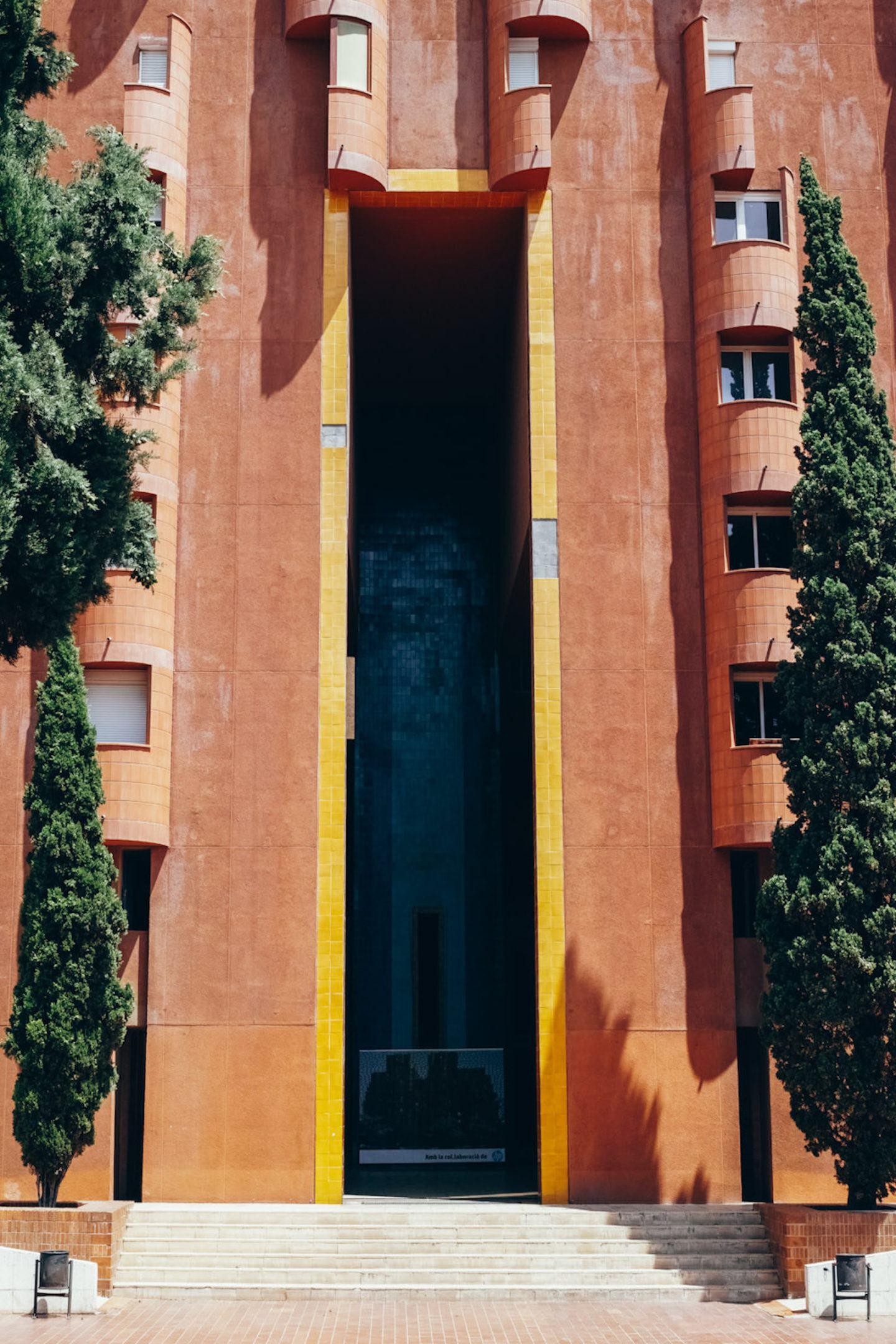 iGNANT-Architecture-Ricardo-Bofill-Walden7-003