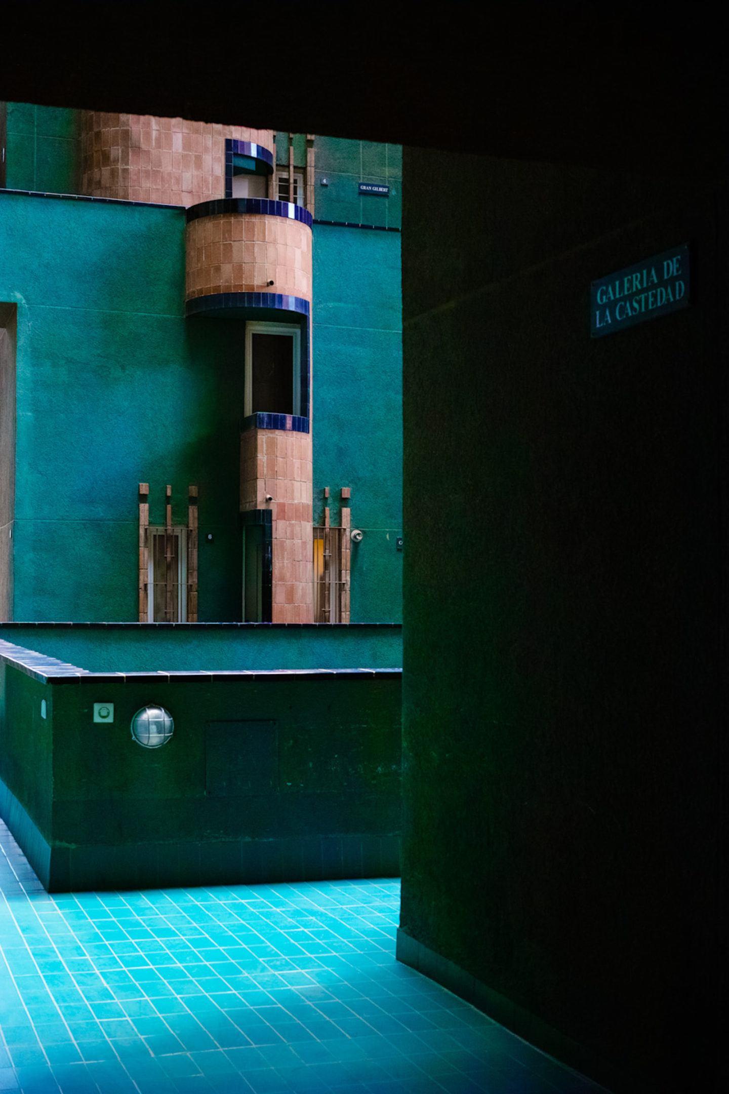 iGNANT-Architecture-Ricardo-Bofill-Walden7-009