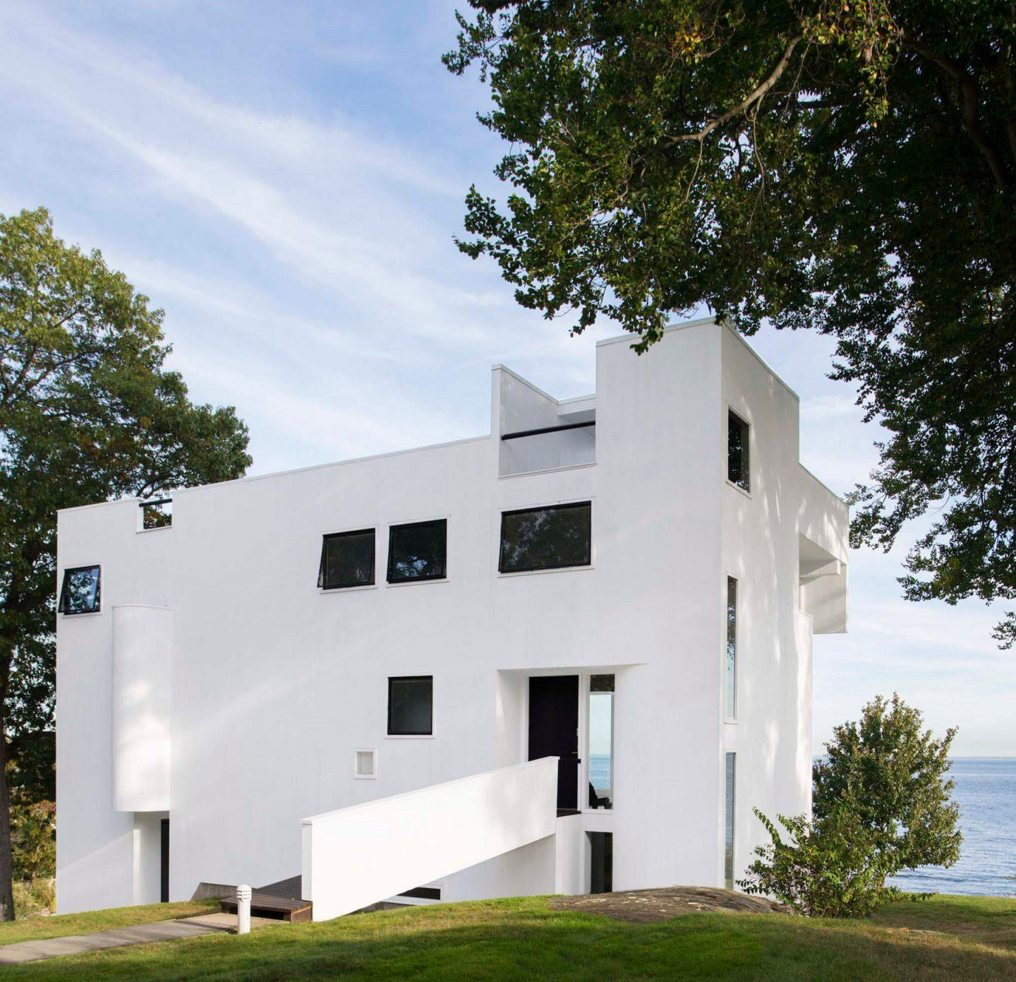 iGNANT-Architecture-Richard-Meier-Smith-House-002