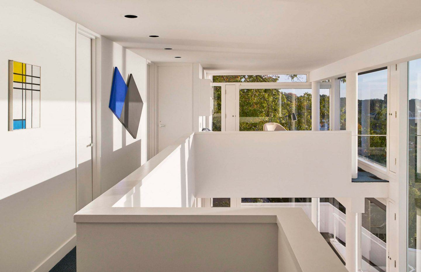 iGNANT-Architecture-Richard-Meier-Smith-House-007